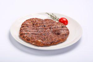 Carne tocata-plescavita  12 ani, 12 zodii de bucătărie sârbească Carne tocata plescavita 300x200
