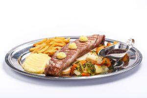 Chateaubriand  12 ani, 12 zodii de bucătărie sârbească Chateaubriand 300x200